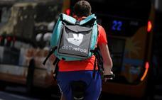 La Seguridad Social gana el juicio contra Deliveroo: los 'riders' son asalariados