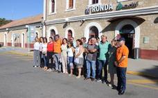 Vecinos crean una plataforma para pedir la mejora del servicio ferroviario en la Serranía