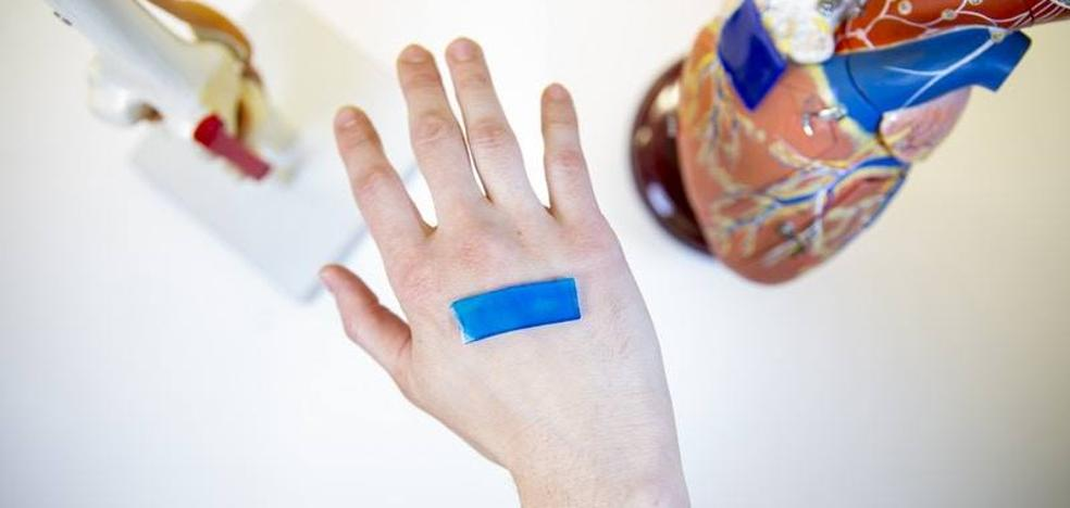 La tirita del futuro: sensible al calor y capaz de cerrar las heridas más rápido