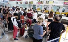 Nuevos retrasos y 81 cancelaciones en la segunda jornada de huelga en El Prat