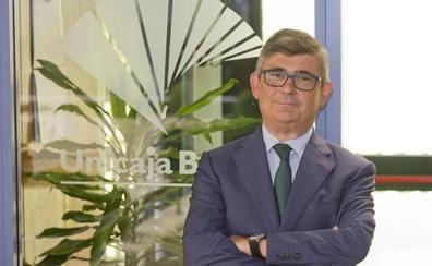 La junta de accionistas de Unicaja Banco nombrará el martes a Ángel Rodríguez de Gracia consejero