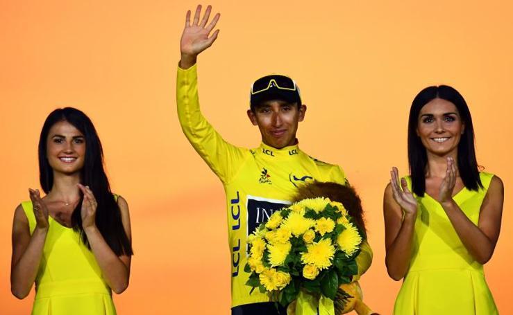 Las mejores imágenes del podio final del Tour de Francia