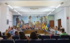 El nuevo equipo de gobierno tripartito de Rincón de la Victoria arranca la legislatura con un «pleno de consenso»