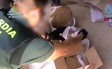 27 detenidos de una red que vendía tabaco de contrabando en Internet y lo distribuía mediante empresas de paquetería