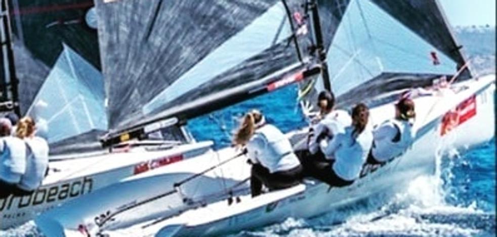 Las malagueñas del 'Woman Essentia Les Roches' se sitúan segundas en la Copa del Rey de vela