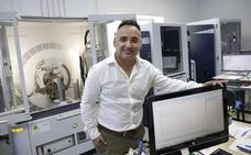«Las toallitas son un problema mayor que los plásticos en el litoral de Málaga»
