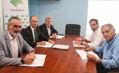 Unicaja renueva sus acuerdos con cuatro asociaciones empresariales turísticas