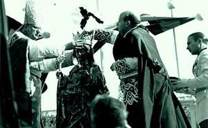 La coronación y concesión de la medalla de oro de Málaga a la Virgen de la Victoria