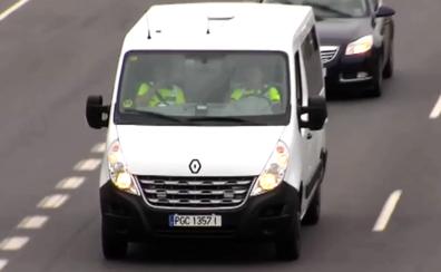 Así son las furgonetas camufladas que usa la Guardia Civil para multar a los infractores