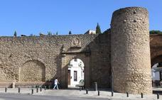 Ronda restaurará la Puerta de Almocábar ante varios problemas de conservación