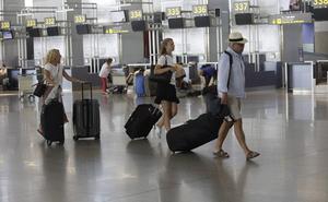 El aeropuerto de Málaga supera los dos millones de viajeros en julio