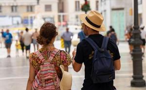 El terral se marcha de Málaga, pero amenaza con volver en plena feria