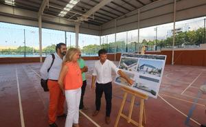 Arranca la obra para cerrar y hacer útiles todo el año las pistas cubiertas del complejo Serrano Lima en Marbella