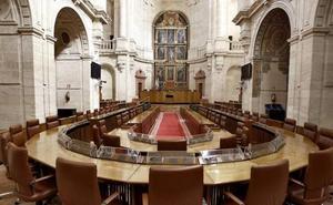 El Parlamento rechaza la comparecencia en agosto de cuatro consejeros del Gobierno
