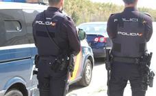 Detenido en Estepona por fingir ser víctima de un robo con pistola para ocultar a su esposa una noche de fiesta en un club de streaptease