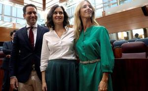 Díaz Ayuso logra su investidura tras comprometerse a cumplir el acuerdo con Vox