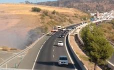 Arde un vehículo en la autovía a la altura de Casabermeja