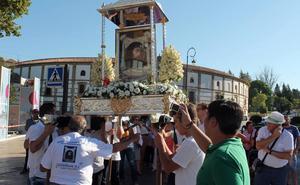 El Señor de la Verónica celebra su romería, antesala de la Feria de Antequera