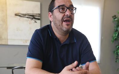 Guzmán Ahumada: «La autonomía andaluza acaba donde empieza el despacho de Santiago Abascal»
