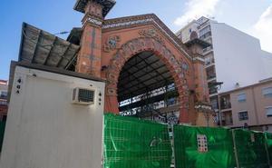 Las obras del mercado del Molinillo no se reanudarán hasta el otoño y costarán 250.000 euros más