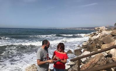 Realizan estudios ambientales previos para regenerar con escombros las playas de Vélez-Málaga