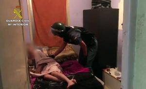 La Guardia Civil libera a una joven retenida por un hombre en Huesca