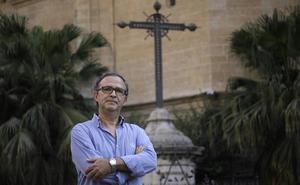 «Tenemos en proyecto volver a utilizar el templete de madera dorada de la Virgen de la Victoria para un nuevo trono»