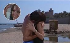 El beso de Claudia Cardinale y Alain Delon en la playa de Bil-Bil