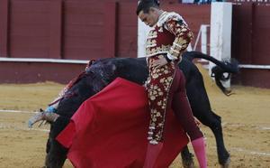 La mejor versión de Manzanares destaca en la feria de la reinauguración de La Malagueta