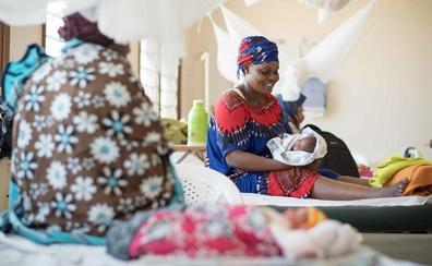 No parirás sola: el drama de los nacimientos en Kenia