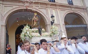 Trasladan a la Virgen de la Victoria a la Catedral para su anual novena