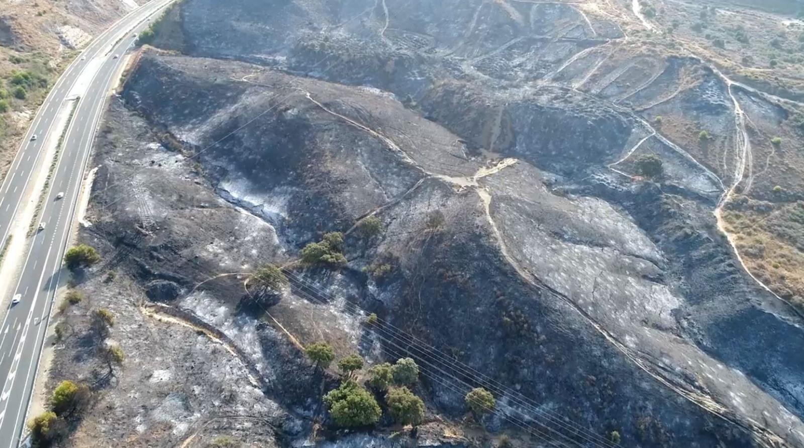 Vídeo   La zona arrasada por el incendio forestal de Marbella, a vista de dron