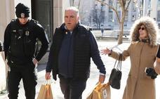 Denuncian al chef José Andrés por no pagar el salario mínimo en el Mercado Little Spain de Nueva York