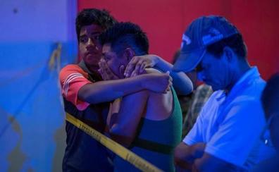 Al menos 23 muertos por el ataque a un bar con cócteles molotov en México