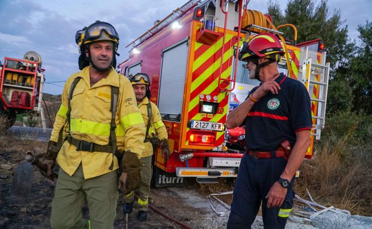 El incendio en el paraje Los Monteros de Marbella en imágenes