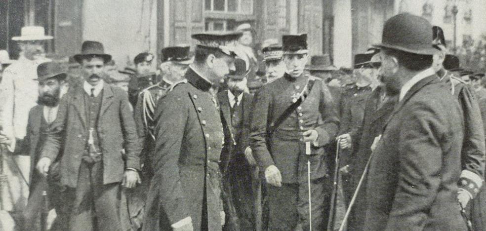 Cuando Alfonso XIII visitó una Málaga devastada