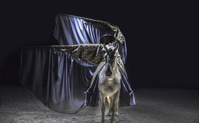 El espectáculo de teatro ecuestre 'Unalome' regresa a Málaga tras el éxito de su gira internacional