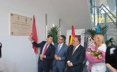Alhaurín de la Torre inaugura su biblioteca con un sentido homenaje a Garrido Moraga