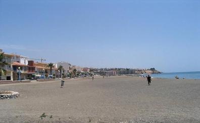 Fallece una bañista en la playa de la Cala del Moral