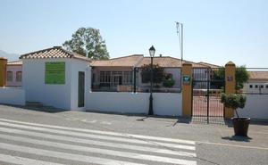 El Ampa y el Ayuntamiento de Casares vuelven a reclamar a la Junta el colegio de la Costa
