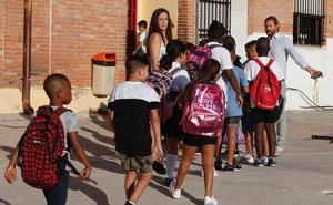 Más de 153.000 alumnos de Infantil, Primaria y Educación Especial comienzan el curso este martes en Málaga