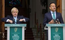 Boris Johnson cierra el Parlamento y se concentra en la negociación con la UE
