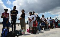 Bahamas intenta gestionar la ayuda a los miles de desplazados