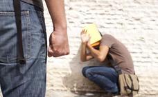 La Junta de Andalucía pone en marcha un teléfono de «violencia intrafamiliar»