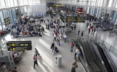 El aeropuerto de Málaga registra el mejor agosto de sus cien años de historia, con más de 2,2 millones de pasajeros