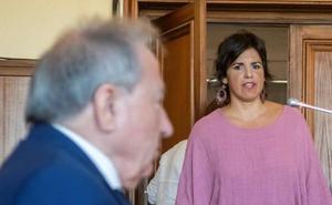 Teresa Rodríguez asegura que el empresario que simuló besarla le arrinconó y le amordazó la boca