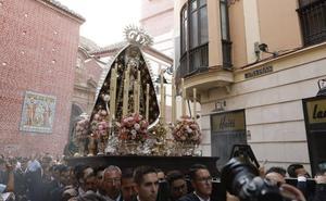 La Virgen de la Esclavitud Dolorosa recorre por segundo año consecutivo el Centro de Málaga