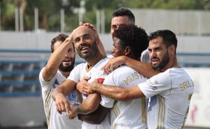 El Marbella exhibe su potencial para batir al Mérida (3-2)