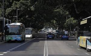 La calzada central de la Alameda vuelve a acoger el tráfico privado