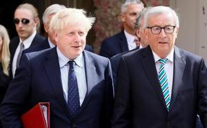 Juncker y Johnson aceleran la negociación